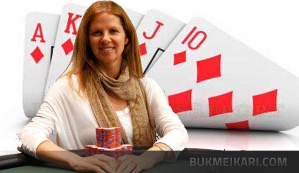 carol fuchs е първата жена с гривна от сериите по покер