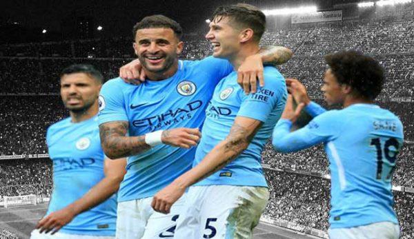 Манчестър Сити футбола кампания