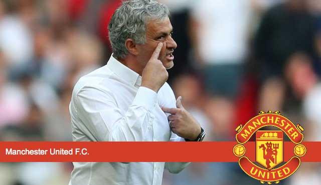 Жозе Моуриньо играе психологически игри и експертите често приемат изявленията му с едно на ум не е щастлив в Юнайтед Висшата лига на Англия